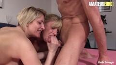 Lesbian seduction Thumb