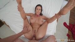 Real lesbian porn in public Thumb