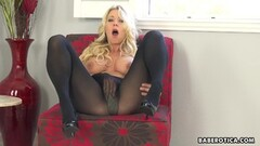 Naughty Katie Morgan can t stop rubbing pussy in 4K Thumb