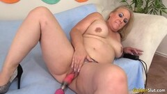 Mature blonde takes on Machine Fucked till Orgasm Thumb