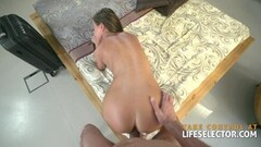 Sexy wife is fucked after coming home from a long trip Thumb