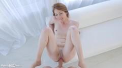 Naughty Jessa Rhodes loves two fat cocks Thumb