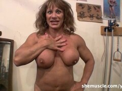 Pussy licking babes Alexis Fawx and Molly Mae Thumb