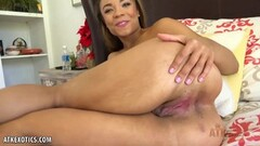 Asian amateur loves to fuck Thumb